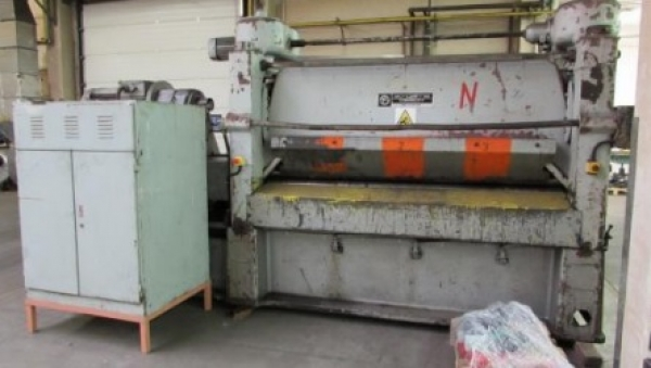 Richtmaschine TOS 2000 x 6.3